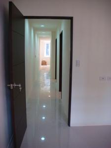 整間室內裝潢、拆除、泥作、水電、衛浴、木作、鋁門窗、油漆、(系統家具、歐化廚具、工廠直營)裝修工